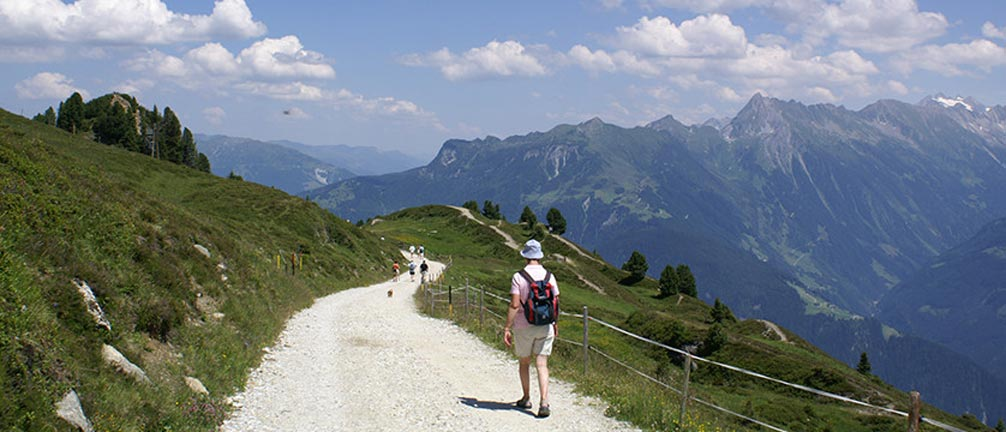 Walkers in Mayrhofen.jpg
